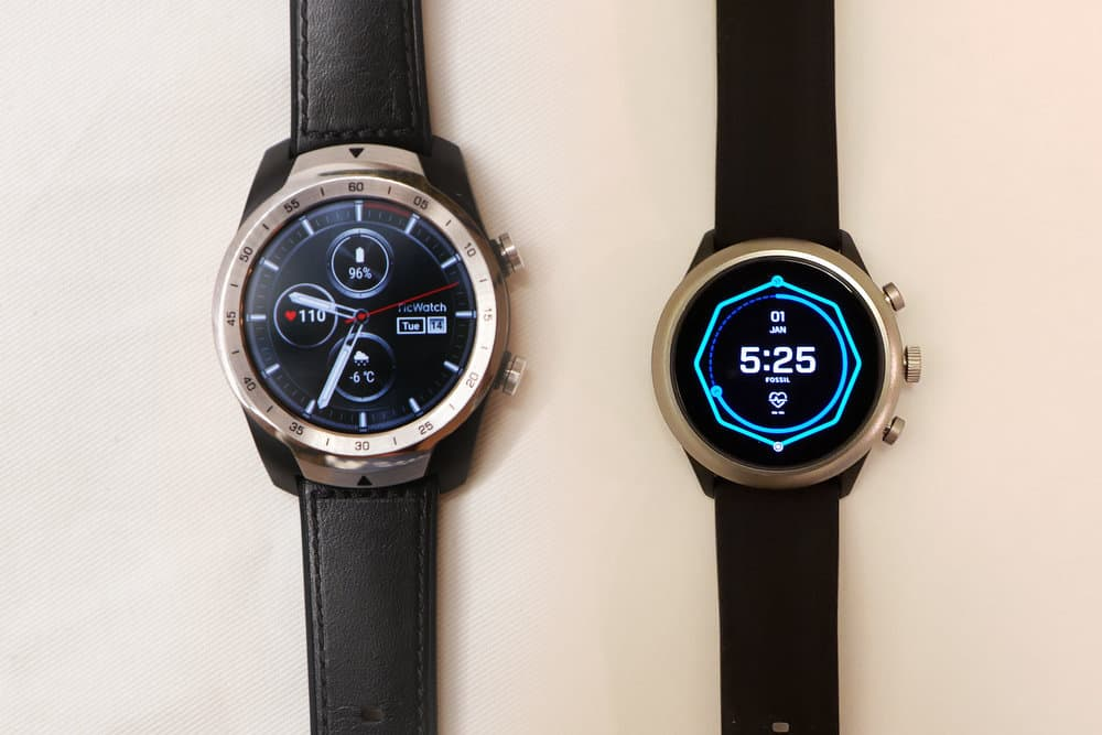 Ticwatch Pro, Fossil Sport Smartwatch main screen