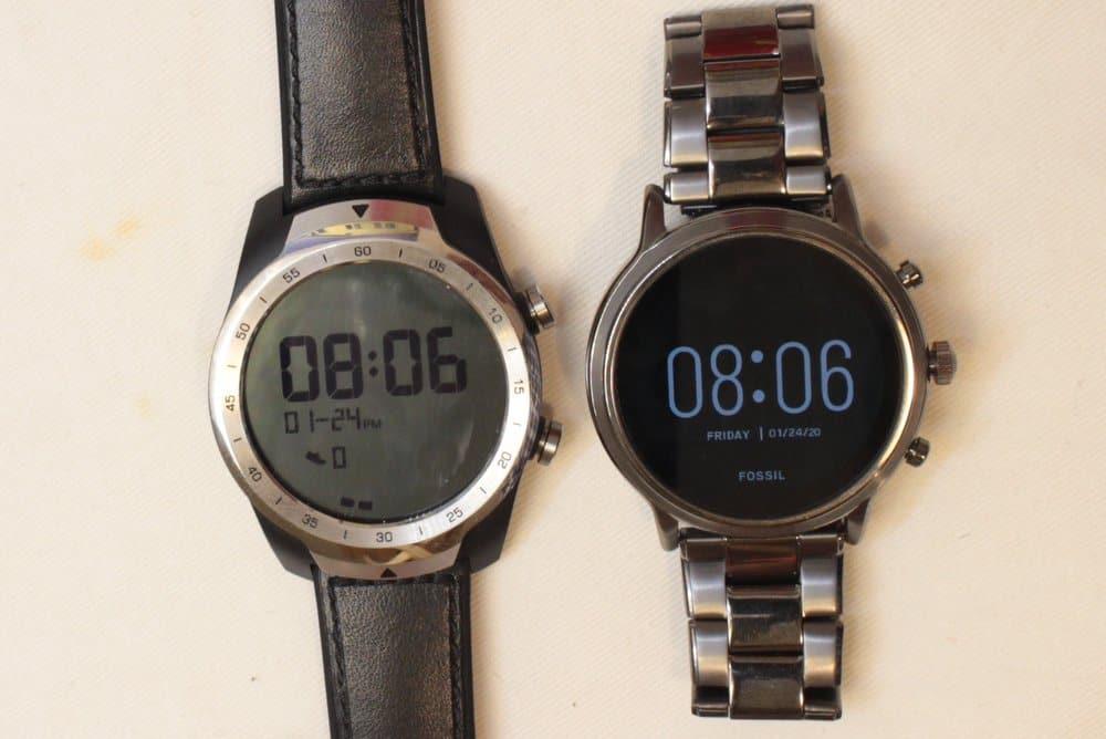 Ticwatch Pro and Fossil Gen 5 Carlyle always on screen