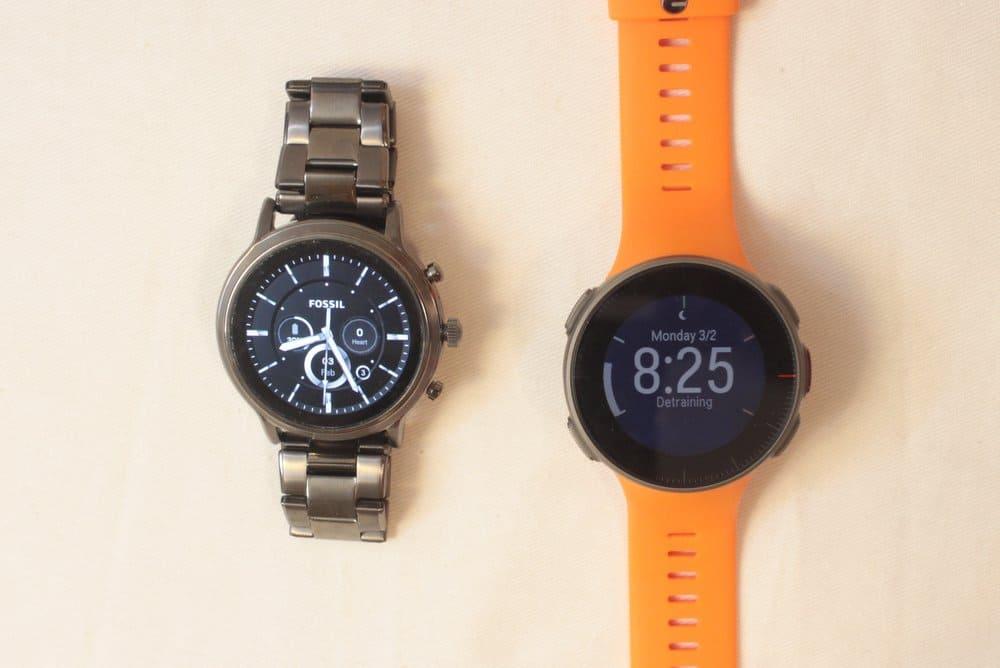 fossil gen 5 carlyle vs polar vantage v main watch face