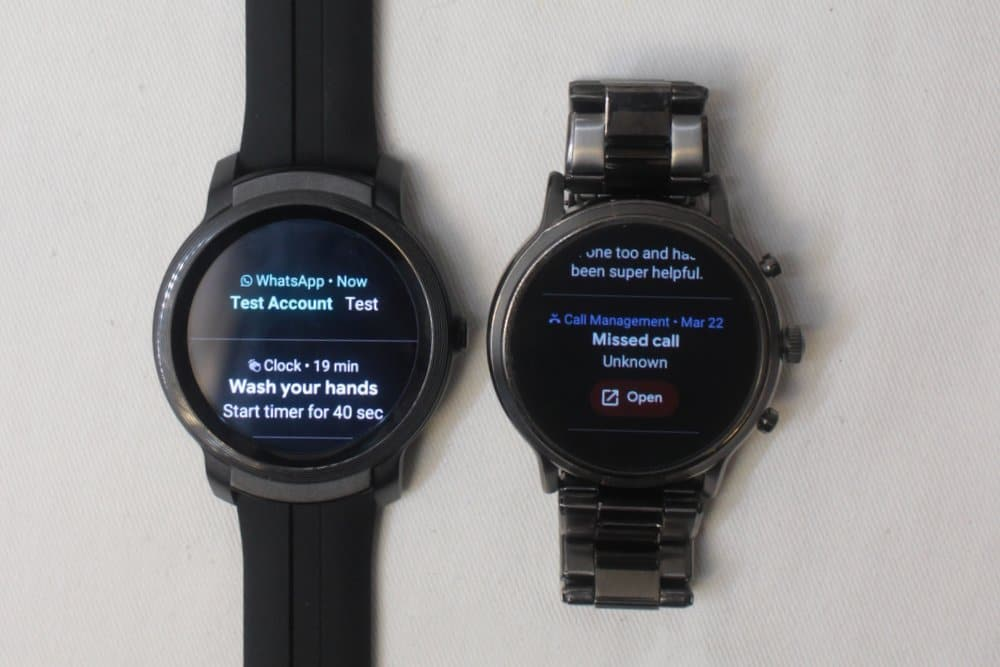 ticwatch e2 vs fossil gen 5 carlyle notifications