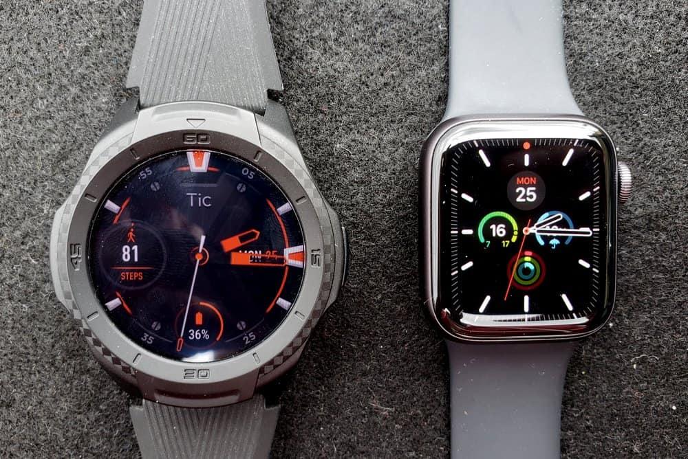 ticwatch s2 vs apple watch series 5 main screen