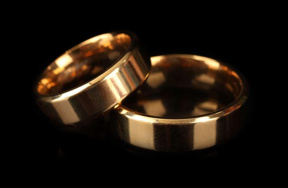 Gold celibacy rings