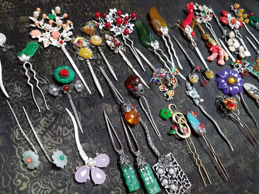 Binyeo hairpins
