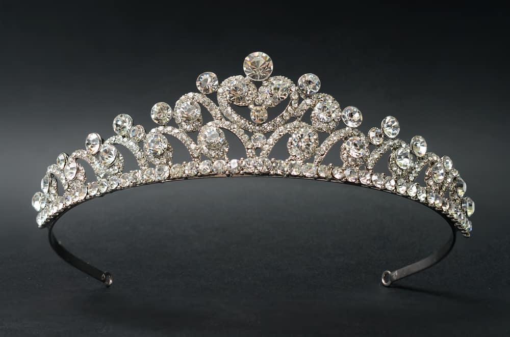 A close look at a tiara.