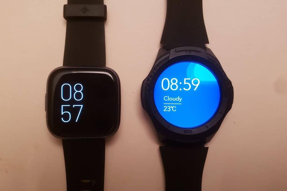 Ticwatch S2 vs Fitbit Versa 2 main screen