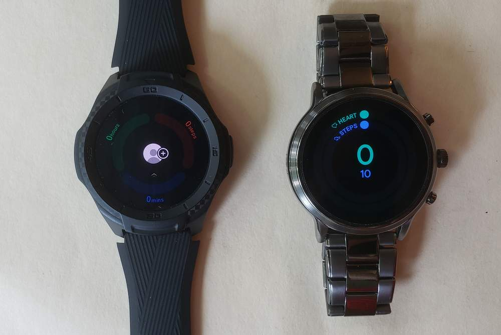 ticwatch s2 vs fossil gen 5 carlyle fit goals tichealth
