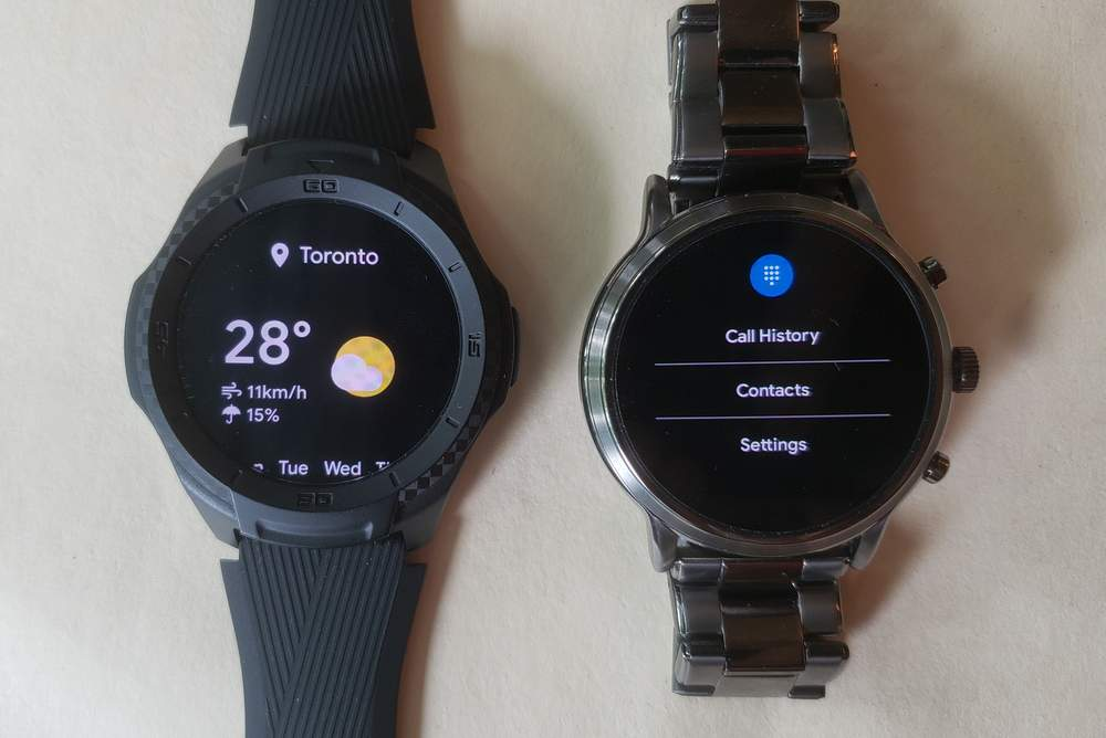 ticwatch s2 vs fossil gen 5 carlyle phone app