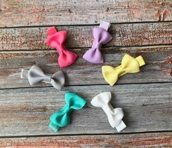 A set of colorful no-slip baby hair hows.