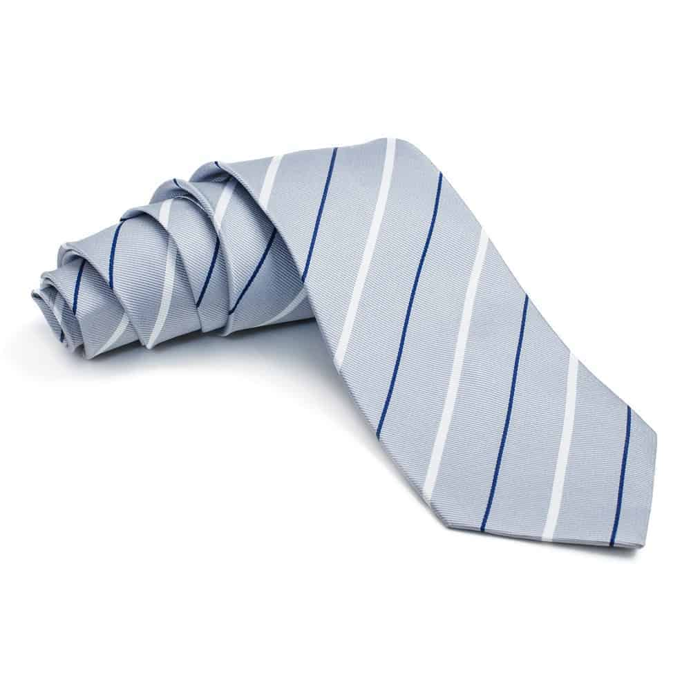 A close look at a thick seven-fold tie.