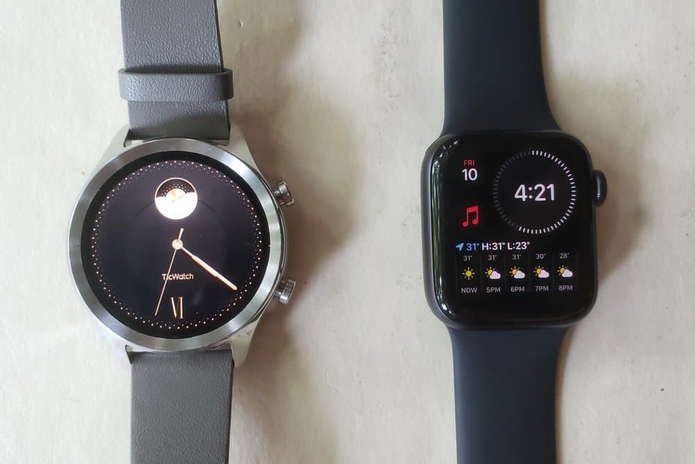 ticwatch c2 vs apple watch series 5 main screen