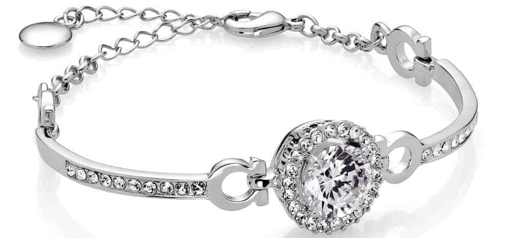 A Silver bracelet with diamonds.