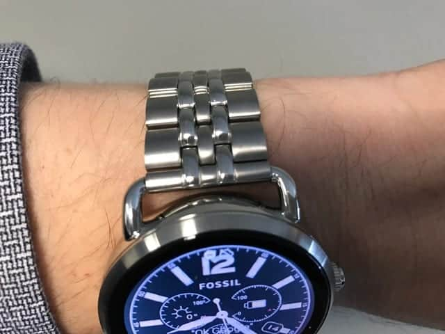 Top side view of the Fossil Q Wander