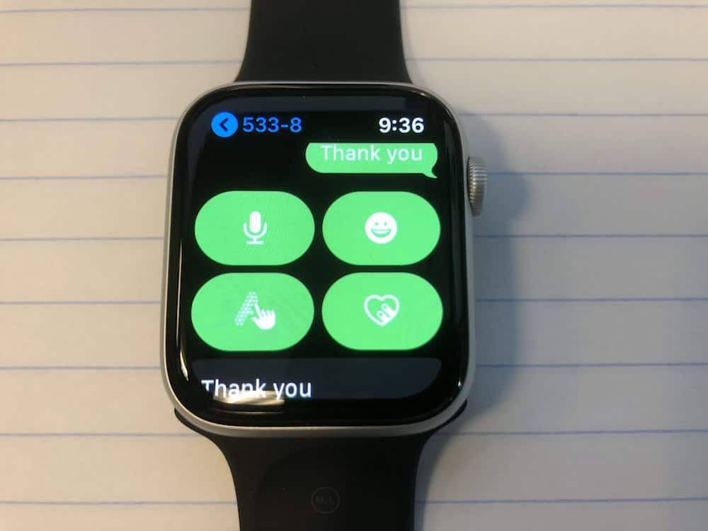 Reply to text messages options with the Apple Watch Series 5