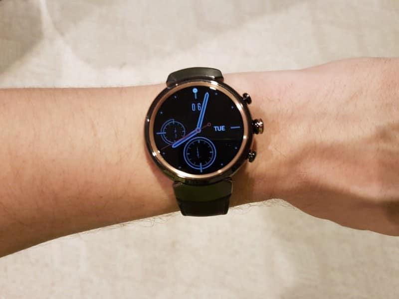 Wearing ZenWatch 3 face on a wrist.