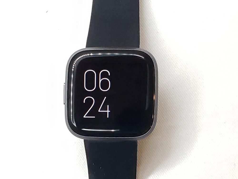 Fitbit Versa 2 always on display