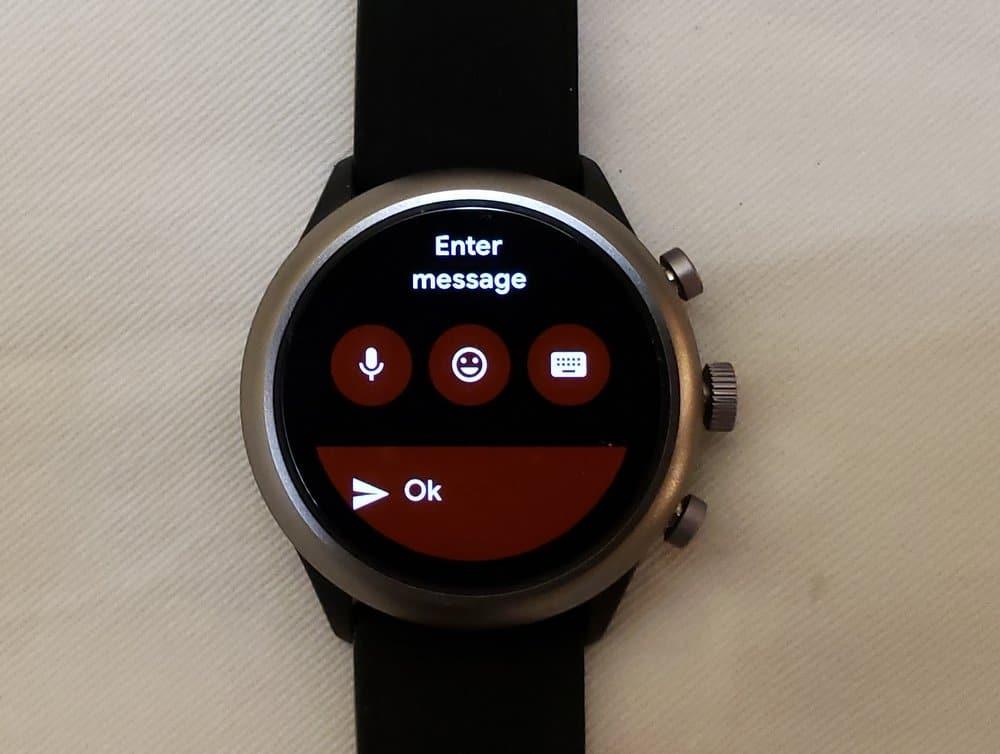 Fossil Sport Smartwatch messaging app