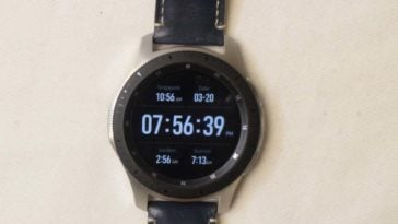 Samsung Galaxy Watch main screen