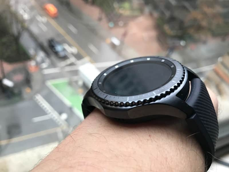 Close up of rotating bezel on the Samsung Gear S3 Frontier Smartwatch