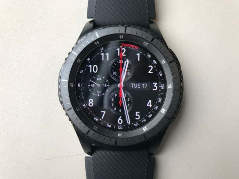 Close up of the face on the Samsung Gear S3 Frontier Smartwatch