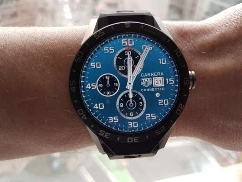 Tag Heuer Connected Smartwatch watch faces in Chronograph / Blue.