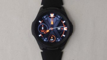 ticwatch e2 main screen