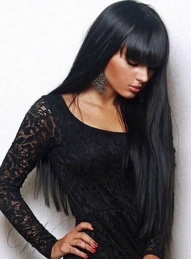Long Black Hairstyle from Wigsbuy.