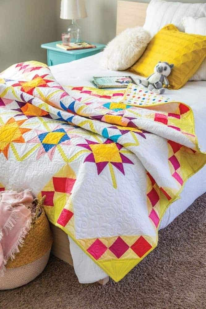 A garden lattice quilt from Quilting Daily.