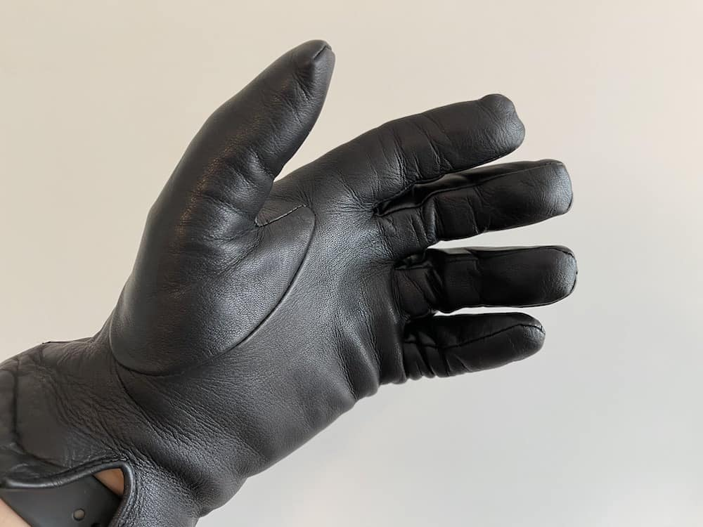 Downholme black leather gloves for men (these are mine)