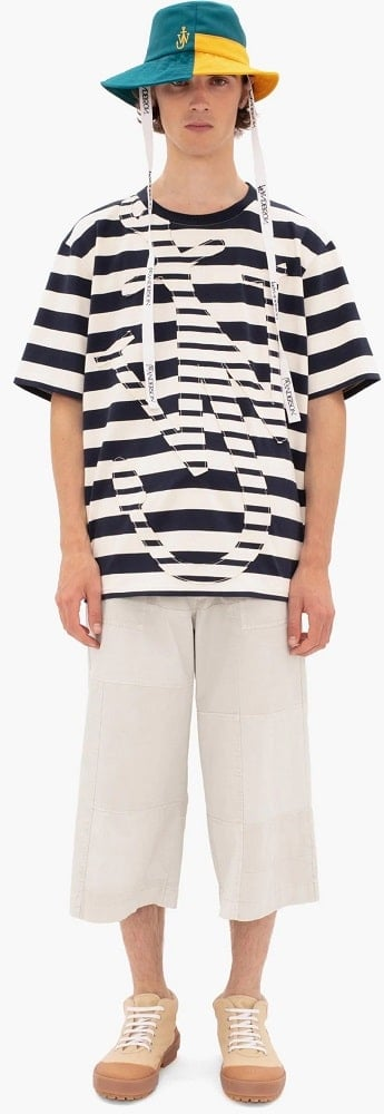 The oversize Anchor T-shirt from JW Anderson.