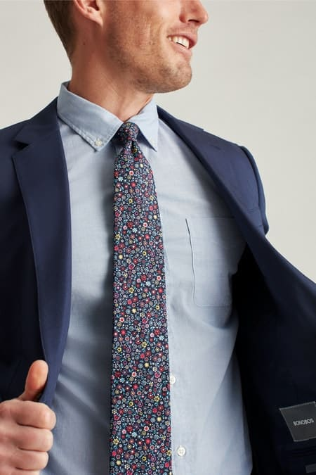 The patterned premium necktie from Bonobos.