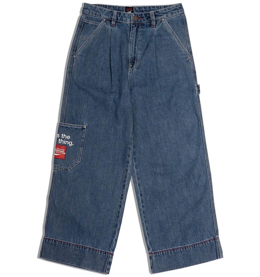 Women's blue jeans from Lee.