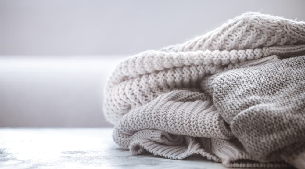 A look at various knitted cashmere wool sweaters.