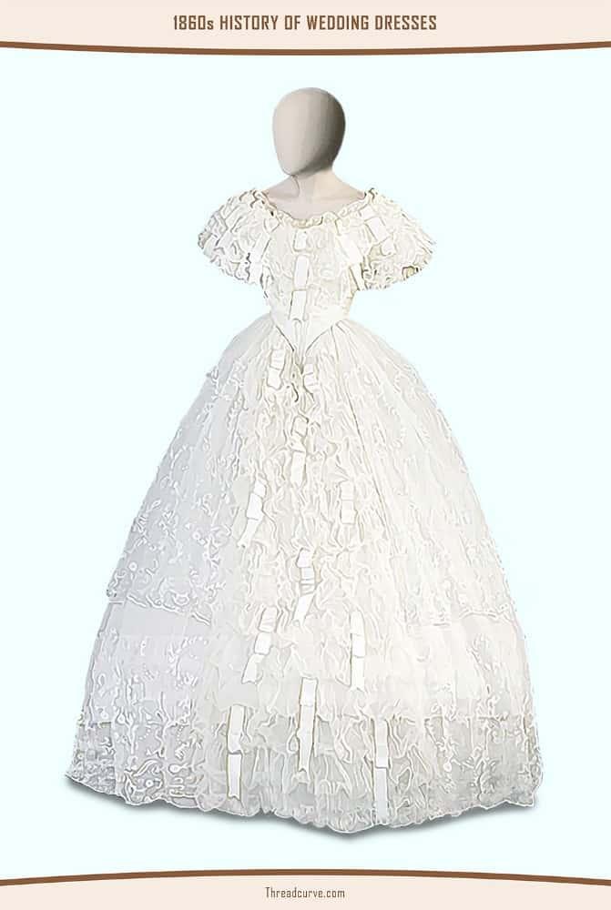 Mannequin wearing a flared wedding dress.