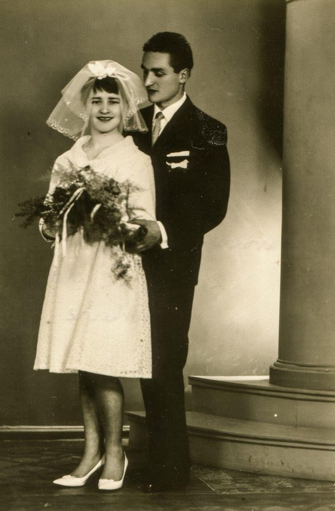 Vintage photo of newlyweds.