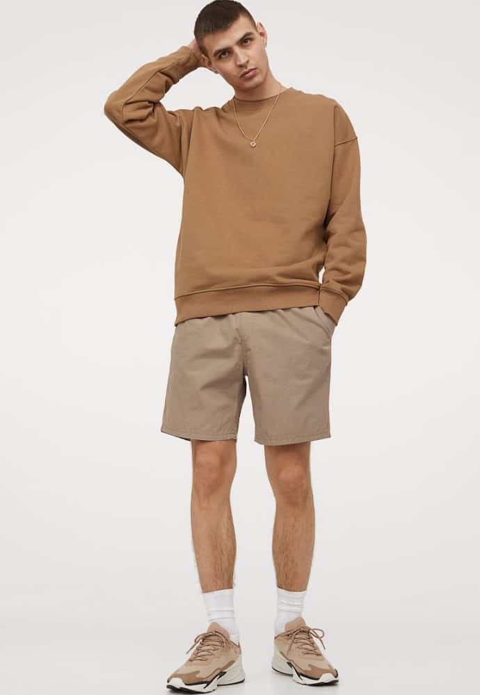 The regular fit Cotton Shorts from H & M in khaki brown.